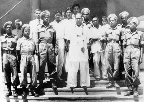 Ambedkar_mahar regiment