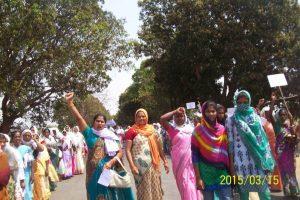 भूमि अधिग्रहण अध्यादेश की वापसी से कुछ कम स्वीकार नहीं : 15 मार्च 2015 को 20 हजार से अधिक आदिवासियों ने छत्तीसगढ़ के कांसाबेल [जशपुर] में विशाल रैली निकाल कर विरोध प्रदर्शन किया।